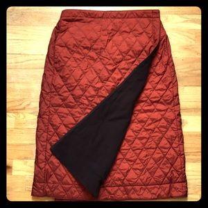 UNIQLO Quilted Adjustable Waist Skirt